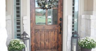 15 Fall Front Porch Decorating Ideas | Make Your Porch Look Amazing!