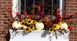 46 Best Fall Window Box Ideas for your windows | The Princess Home